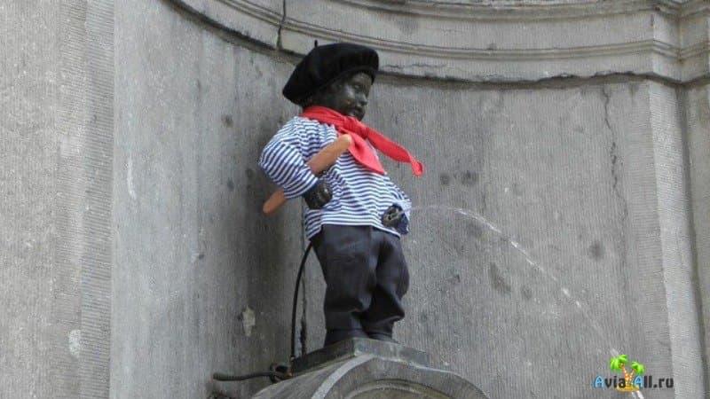 Самый известный фонтан в Брюсселе