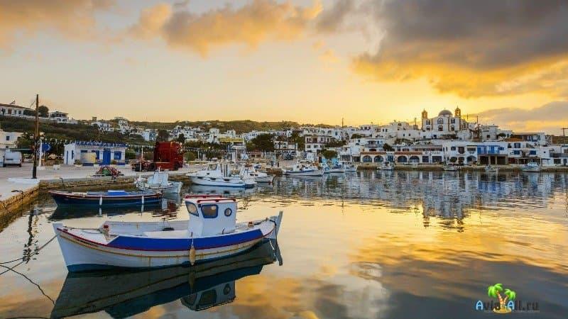 Население и традиции острова Липси