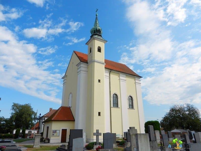 Обзор Приходской церкви Святого Иакова. Сооружение, которое сохранилось в первозданном виде2