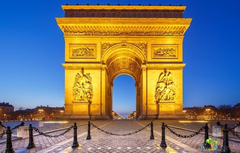 Путешествие по восхитительной Французской Республике. Экскурсионный тур4