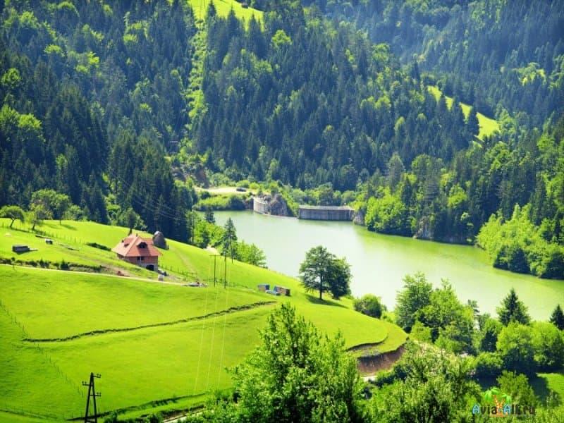 Путешествие в Югославию. Сравнение погодных условий в зимней и южной частях2