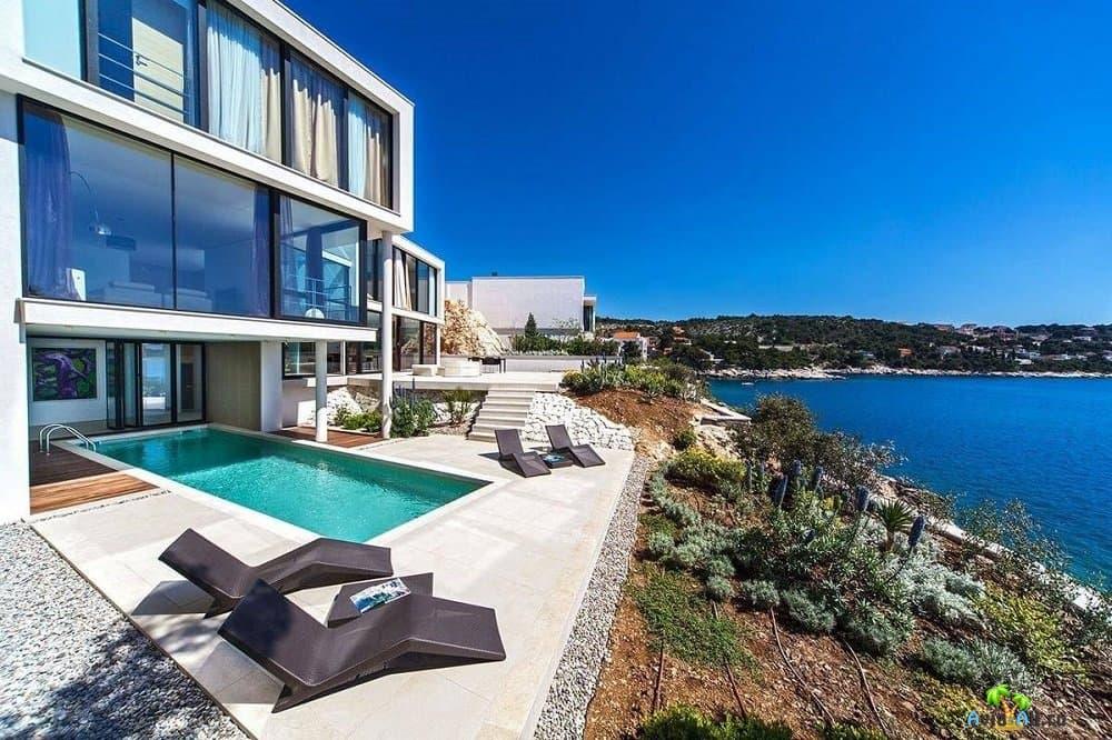 Купить виллу в хорватии на берегу моря дом в дубае внутри