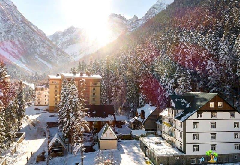 Отдых в горах на весенних каникулах 2021